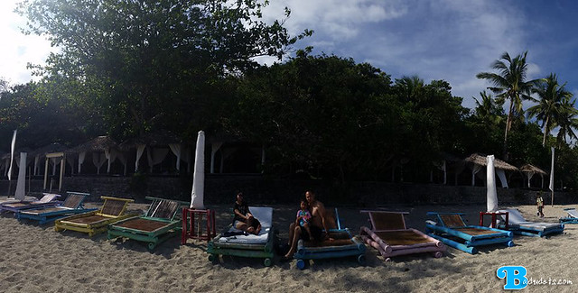 lounge chairs at la luz beach resort