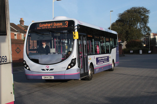 First Hampshire and Dorset 47580 SN14EBU