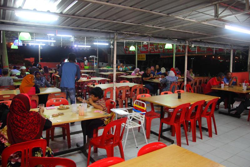 Aziz-Mee-Pak-Ngah-Restaurant