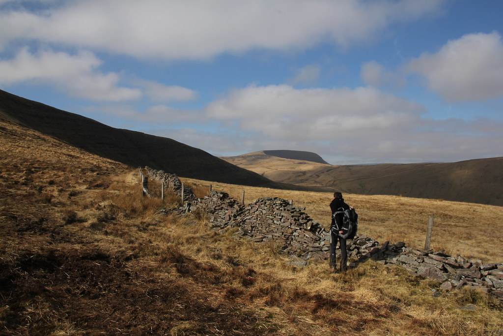maen llia, brecon beacons, fforest fawr, black mountain, fan nedd, fan llia, Bwlch y Duwynt, afon senni, Fan Gyhirych