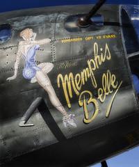 Memphis Belle-Nose Art_vert pano-color