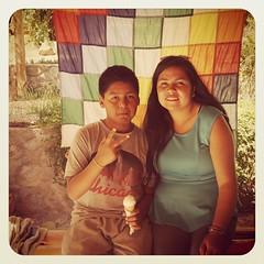 Encontre esta linda  foto... Muy lindos recuerdos de quienes fueron mis alumnos en la Escuela de Huachalalume y hermosa la wiphala de fondo #jallalla #amoserprofesora