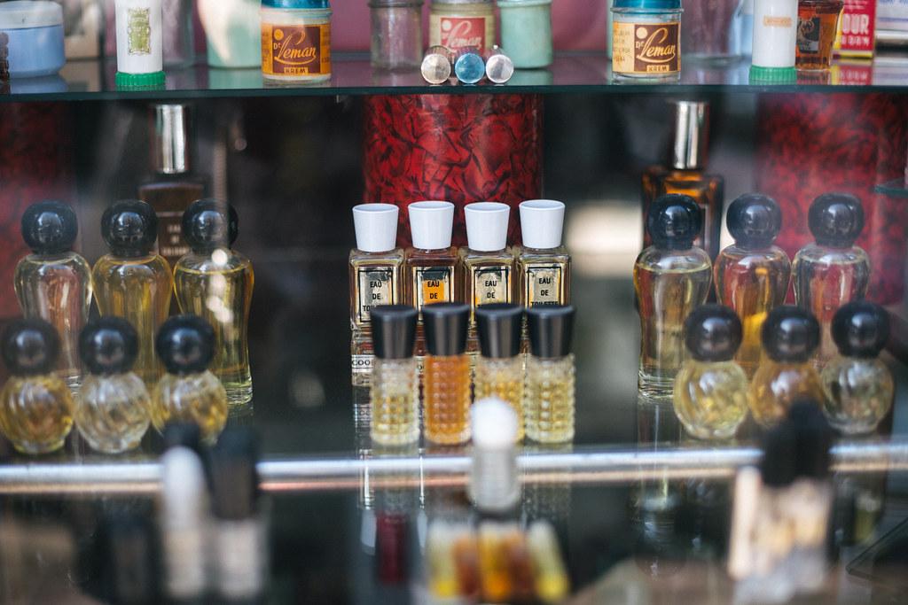 """Toaletne vode i parfemi u parfimeriji """"Sava"""""""