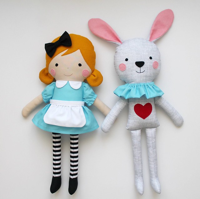 Alice in Wonderland & the White Rabbit
