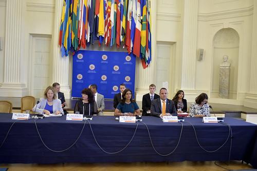 Presidenta del Consejo Permanente inauguró modelo de Asamblea General de la OEA para universitarios