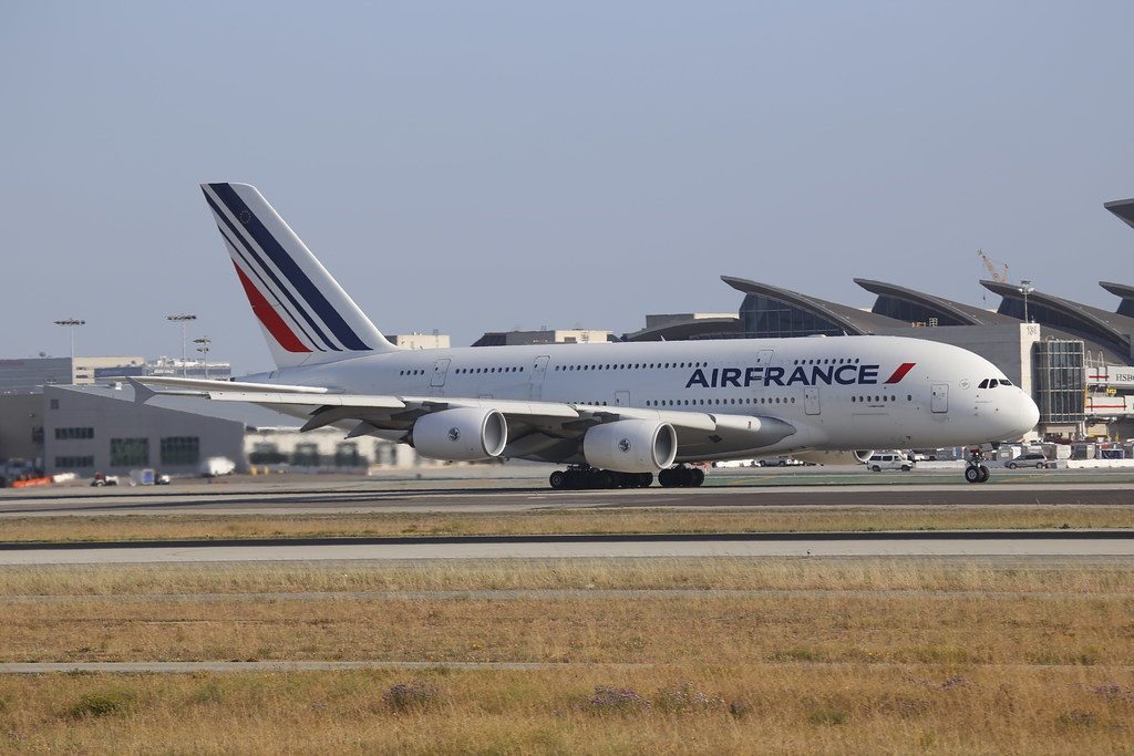 Air France A380 takes off from LAX to Paris