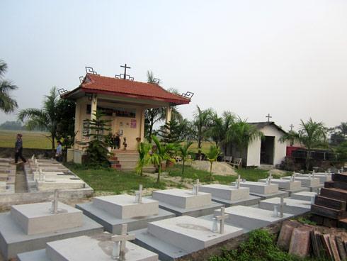Những chuyện lạnh người ở nghĩa trang 60.000 hài nhi