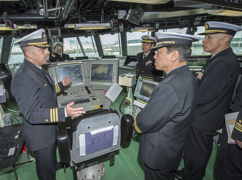 JMSDF Leadership visits USS Fort Worth (LCS 3)