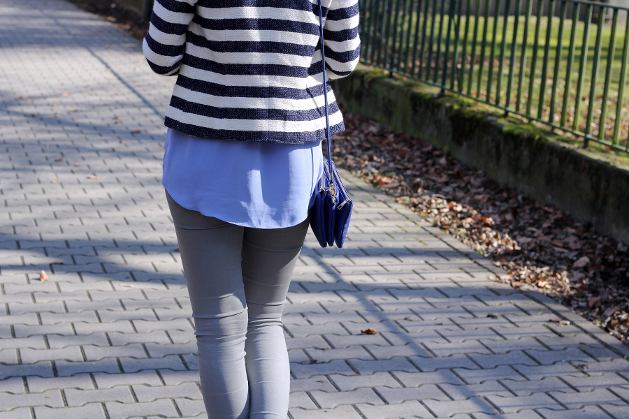 outfit-blue-shades-trio-bag-stipes-blouse