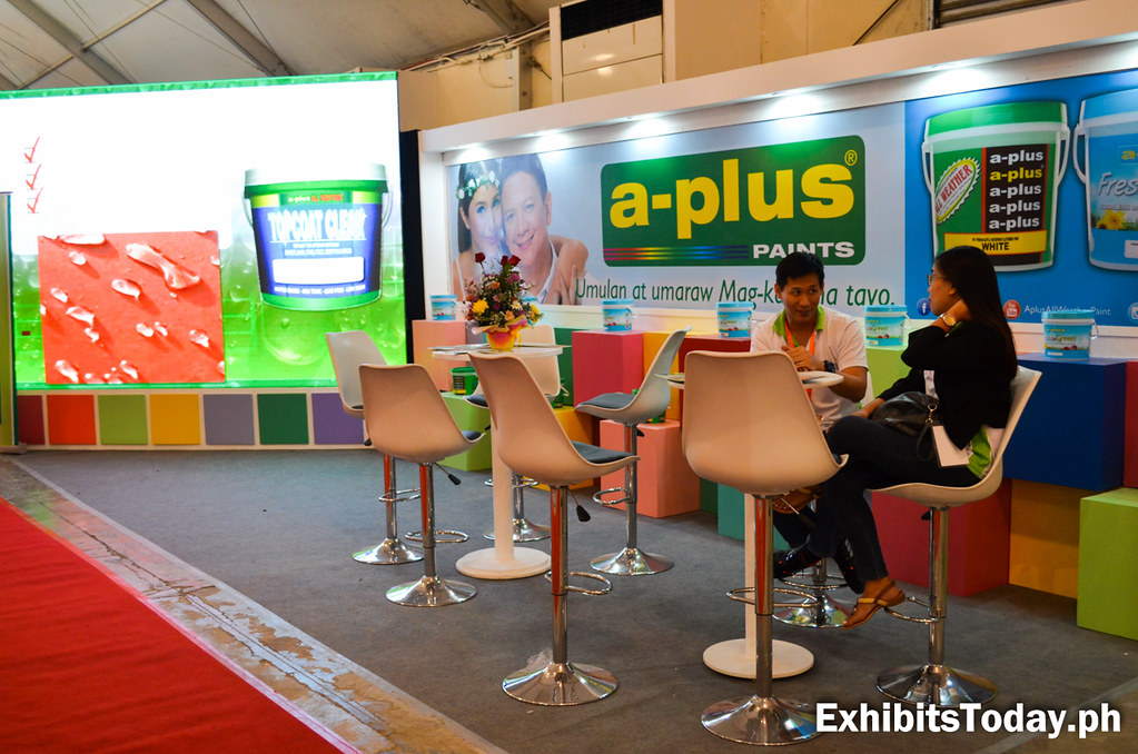 A-Plus All-Weather Paint Exhibit Stand