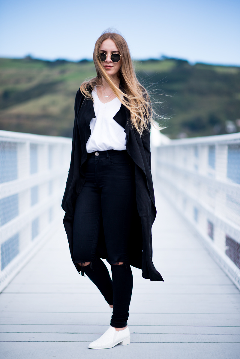 Glassons Trench, Topshop Shirt, ASOS Ridley Jeans, Valeria Grossi Shoes | Fashion Blogger Kendra Alexandra