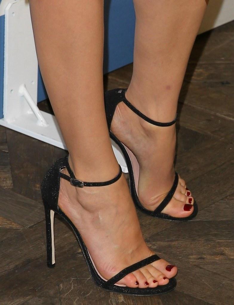 Candid foot soles feet 33 10