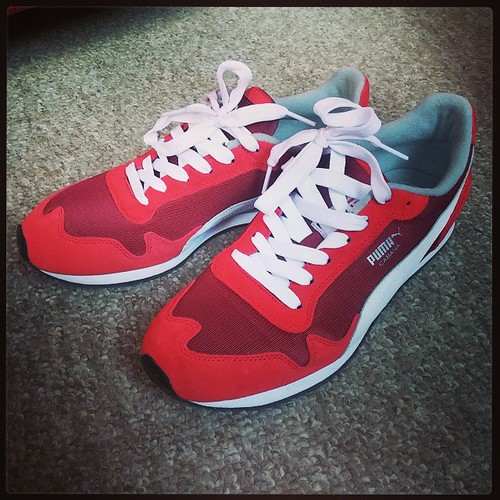 These Puma Cabana Mesh Sports in High Risk Red are going to be my Reds baseball shoes for the upcoming season...
