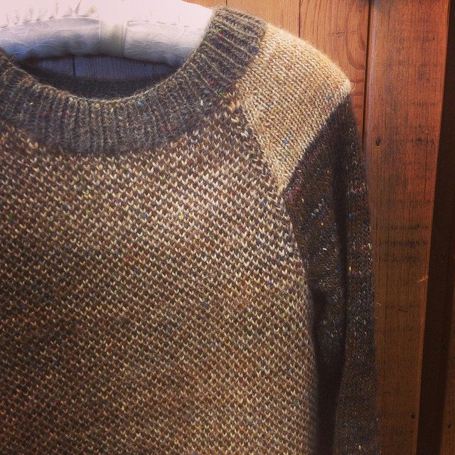 Newly obsessed with this Waverly sweater, and this glorious dimensional tweed yarn (tiverton tweed).