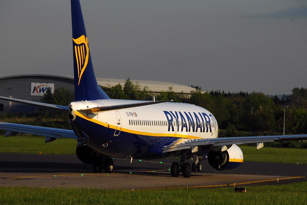 EI-FRM - B738 - Ryanair