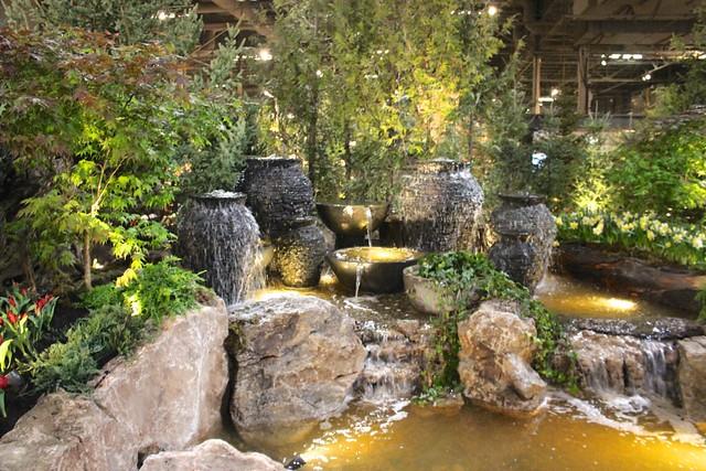 home-show-fountain