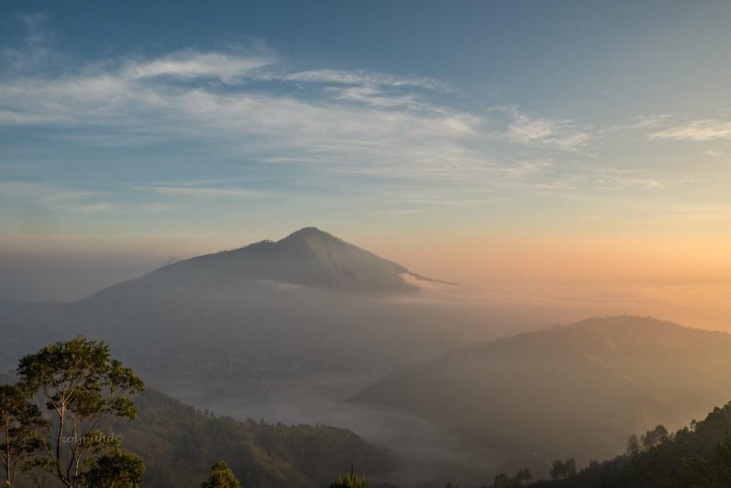 Toba Sunrise | Tele, Samosir