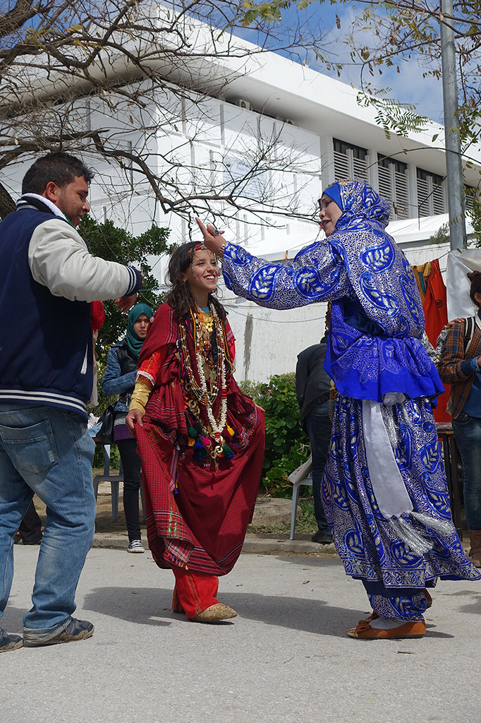 traditional tunisienne dancers