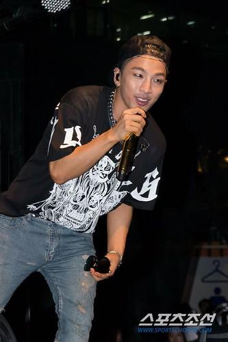 Taeyang_BUSAN_mini-concert_20140627 (5)