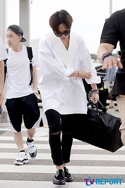 GDragon_Incheon-to-HongKong-20140806 (12)
