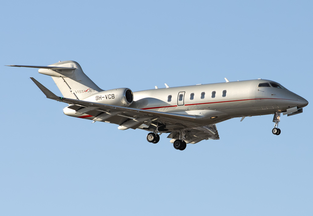 9H-VCB - CL35 - VistaJet