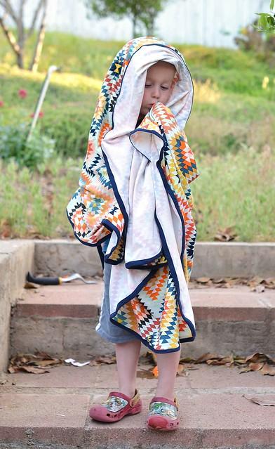 art gallery knit blanket