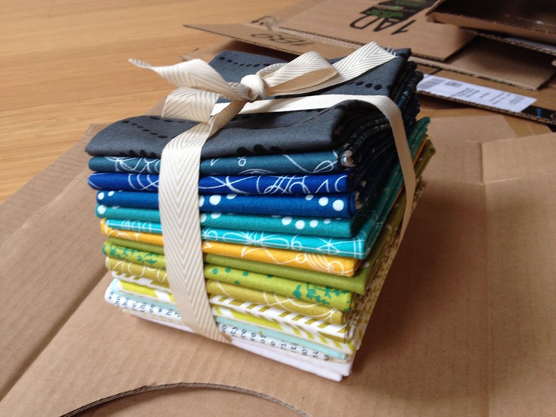 Alison glass fat quarter bundle Sunprints