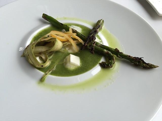 Asparagus three ways - Restaurant Gwendolyn