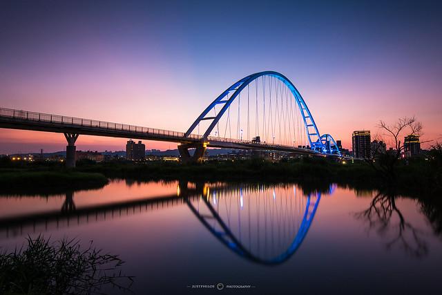 新月橋日落時刻