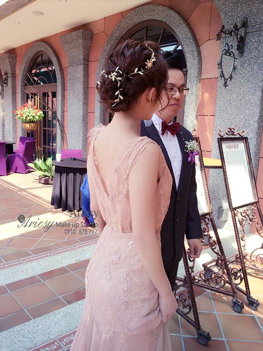 愛瑞思,Ariesy,維多利亞酒店,新娘秘書,新秘推薦,長頭紗,蓬鬆編髮,清透妝感