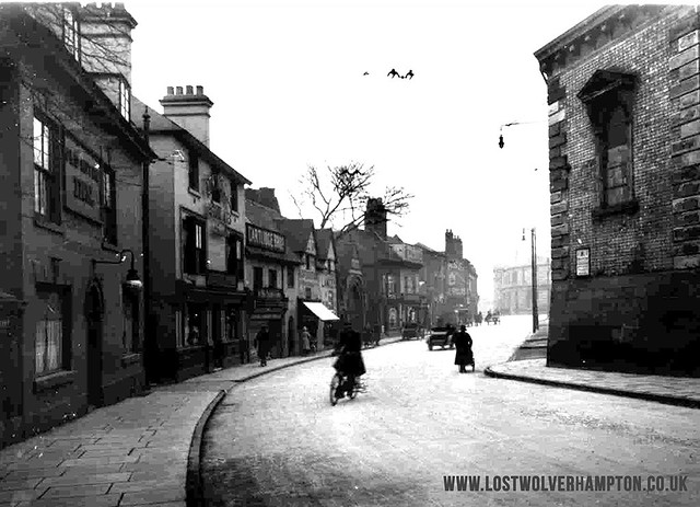 This was North Street opposite the Market Hall and Patch in 1930.