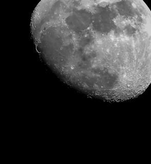 March 30–Waxing Gibbous–Illumination: 79%