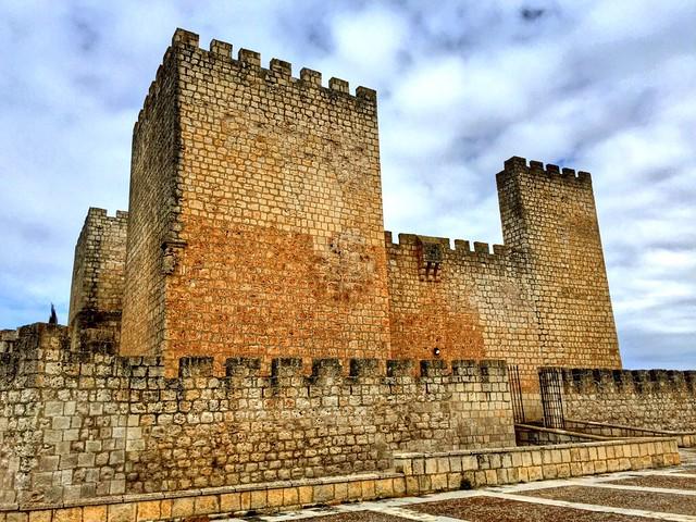 Castillo de Encinas de Esgueva (Valle Esgueva, Valladolid)