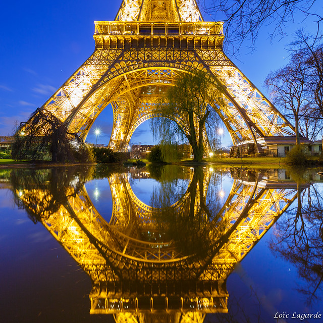Pool Mirror on Eiffel Tower by night