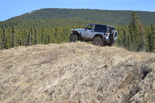 jeep on hill - raw from nikon