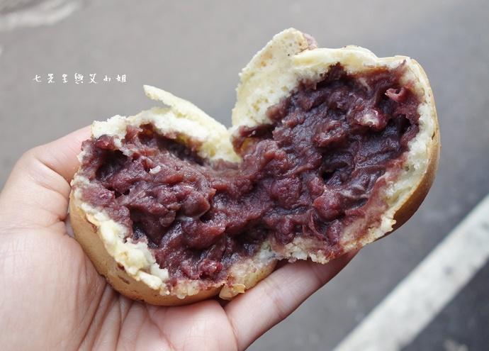 15 恬甜紅豆餅