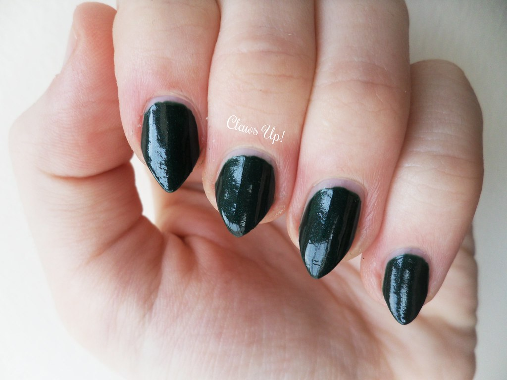 Butter LONDON British Racing Green Swatch
