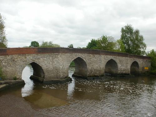 Stone bridge Yalding
