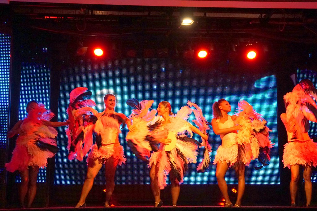 performances - club med bali-001