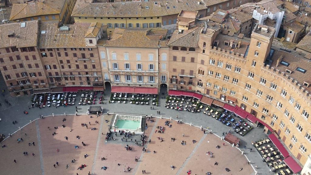 Piazza del Campo, Siena, Tuscany, Italy 20150314_144305