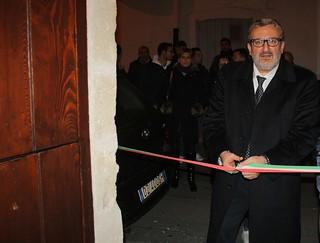 Michele Emiliano all'inaugurazione del Movimento giovanile a Polignano