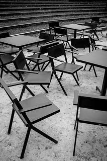 Alone Paris