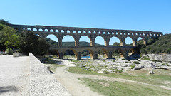 devil's bridge(0.0), girder bridge(0.0), transport(0.0), arch(1.0), ancient history(1.0), aqueduct(1.0), landmark(1.0), arch bridge(1.0), viaduct(1.0), bridge(1.0),