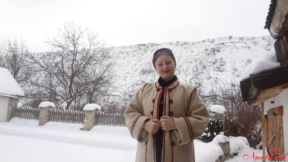 Lucia Bejenari cu lautarii sai > Foto din galeria `Lucia Bejenari`
