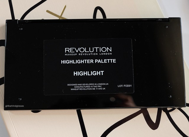 Makeup Revolution Highlight Palette2