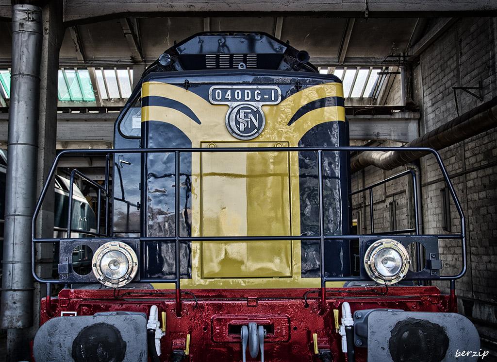 grand train  26874528960_87c40c29b8_o