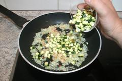 34 - Zucchini dazu geben / Add zucchini