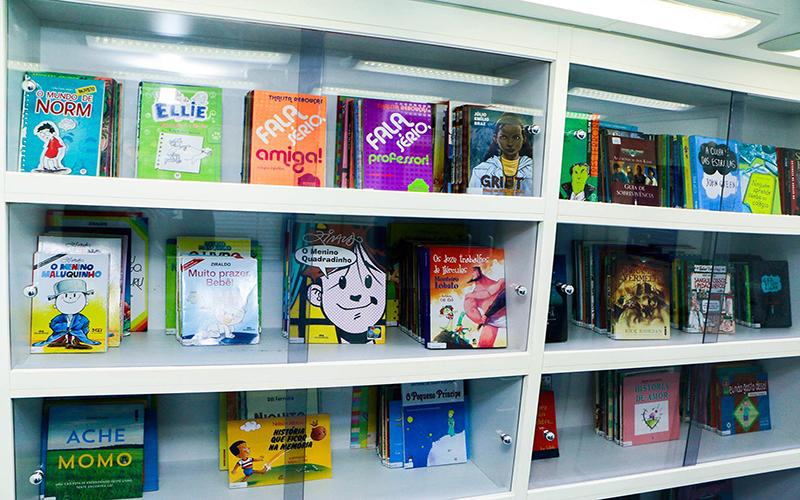 """Projeto """"Livros nas praças"""" terá atividades até dia 30 em Paranaguá 2"""