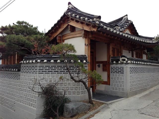Stunning corner hanok