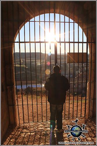 Puerta de entrada al Castillo de Berlanga,  Berlanga de Duero (Soria, España)